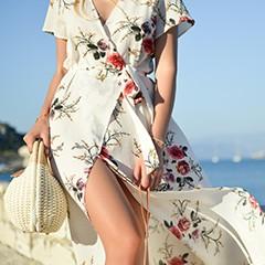 donna con vestito